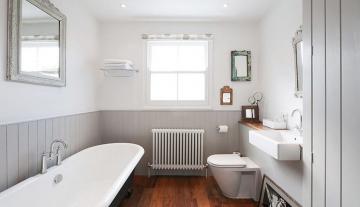 Как выполнить ремонт ванной комнаты с минимальными затратами